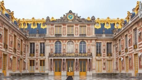 Hotel opening on the grounds of Versailles