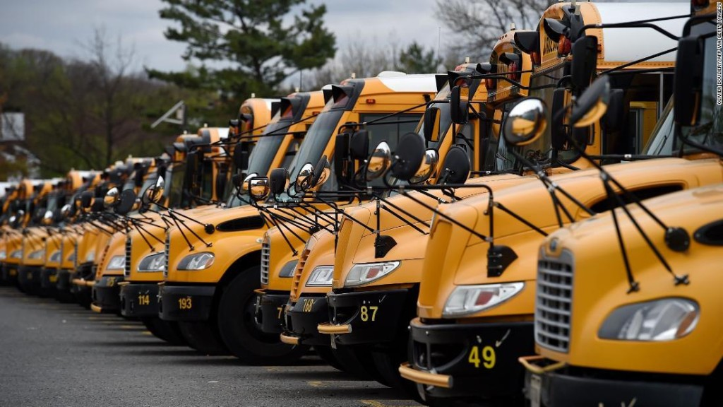 Indiana school district providing dozens of Wi-Fi buses for students without internet