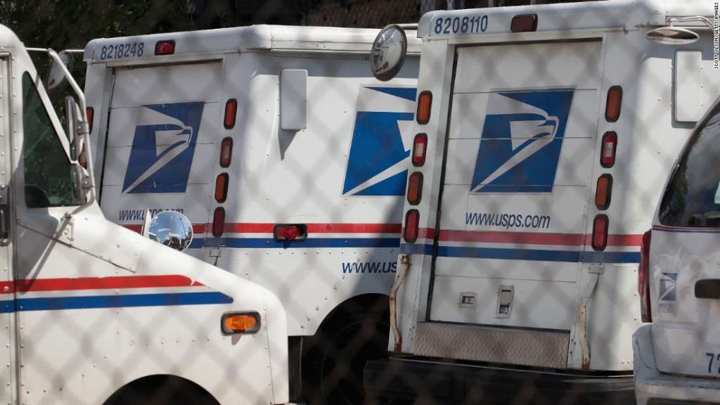 Washington Post: USPS workers sound alarm about new policies that may affect 2020 mail-in voting