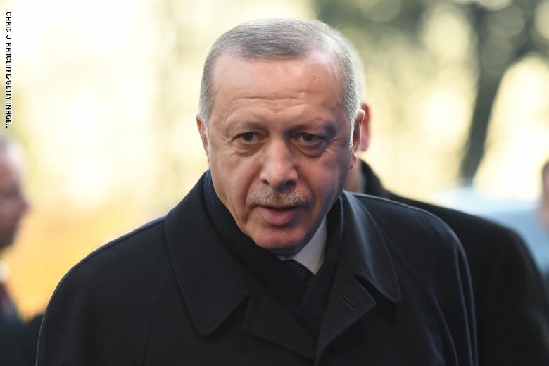 """مقال """"صبر أردوغان بدأ ينفذ تجاه السعودية والإمارات"""" يثير تفاعلا ومغردون يردون بصور محمد بن سلمان ومحمد بن زايد"""