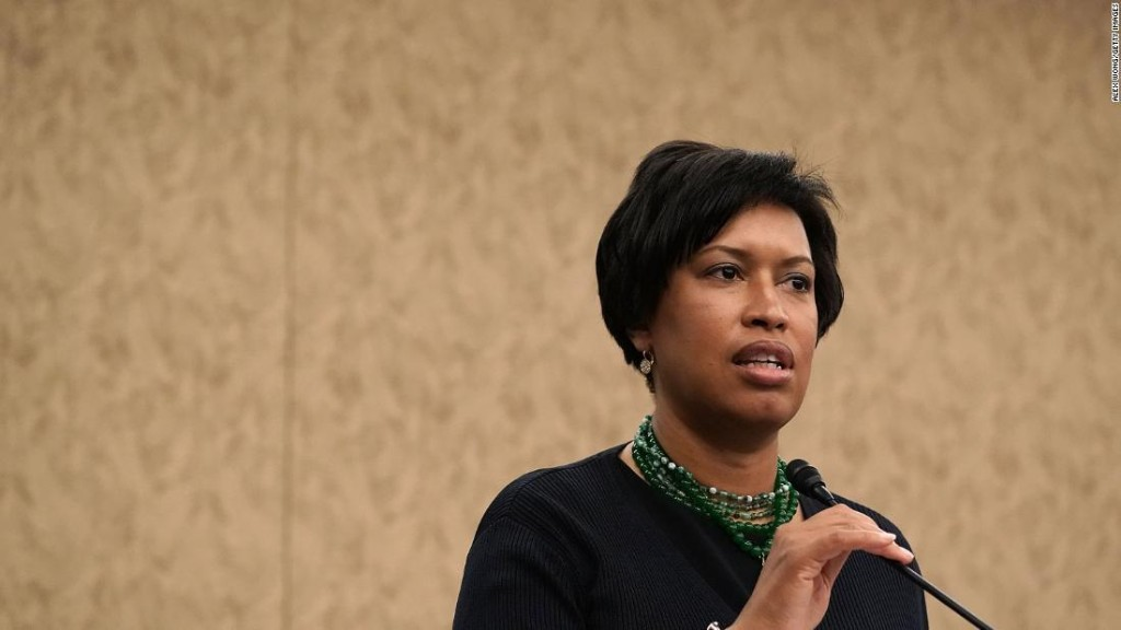 DC mayor says she's 'shocked' and 'outraged' at treatment of peaceful protesters