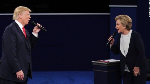 Who won the town hall debate?