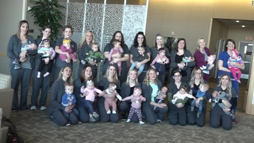 19 nurses of a Nebraska hospital unit gave birth to 19 babies in 2019. The group picture was adorable