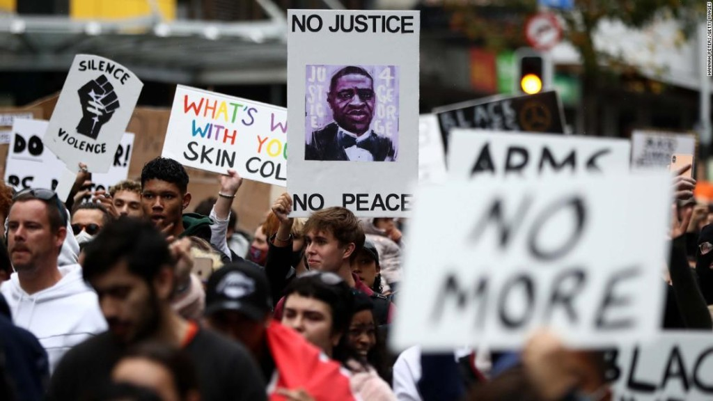 Protests over killing of George Floyd spread worldwide