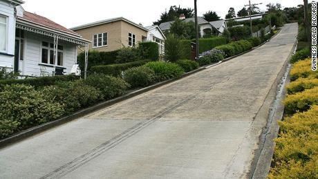 New Zealand street once again the world's steepest after Guinness World Records reverses decision