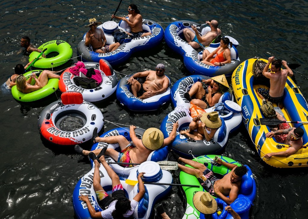 In pictures: America goes outside for Memorial Day weekend