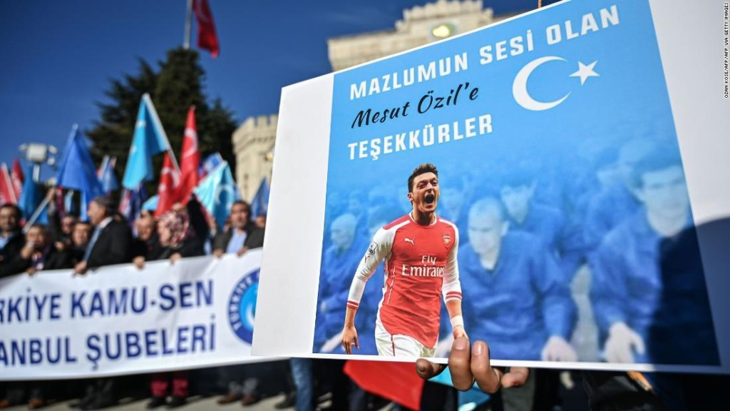 The curious case of Mesut Ozil and Arsenal
