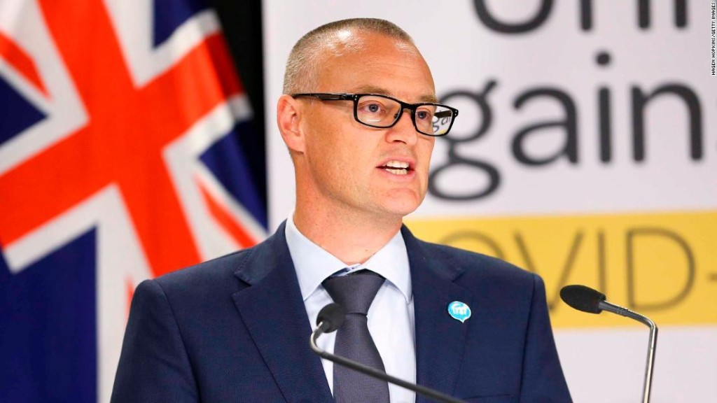 New Zealand health minister demoted after going to the beach during lockdown
