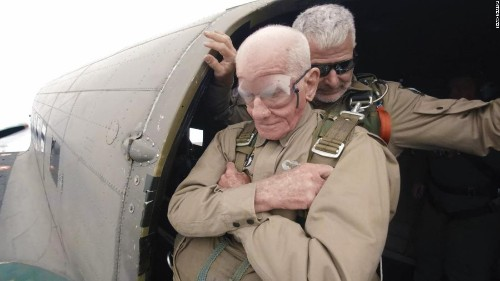 97-year-old vet jumps into Normandy, 75 years after D-Day
