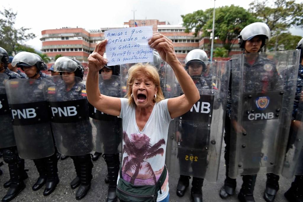 In photos: Venezuela in crisis