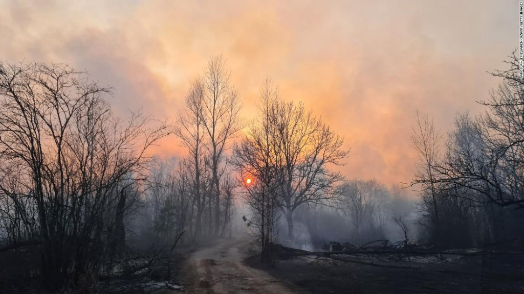 Chernobyl radiation levels spike as forest fires rage