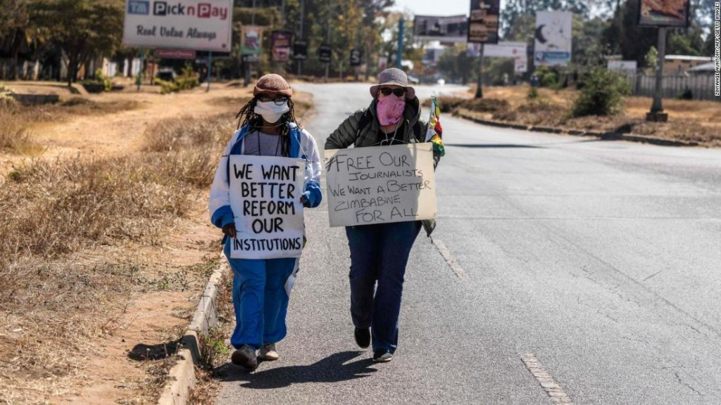 Zimbabweans stage solo social media protests against human rights abuse in the country