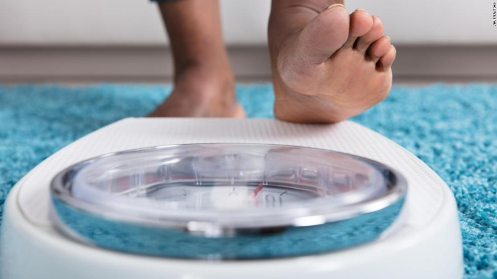 Belly fat in older women is linked to a 39% higher risk of dementia