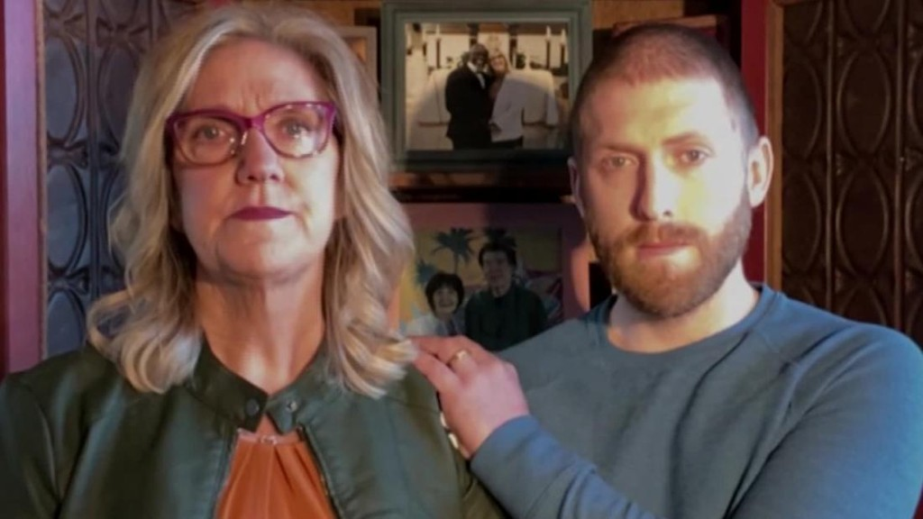 'I couldn't save either one of them.' ICU nurse loses husband and mom to Covid-19