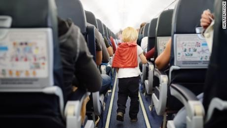 Petition to airlines: Kids should sit with their parents