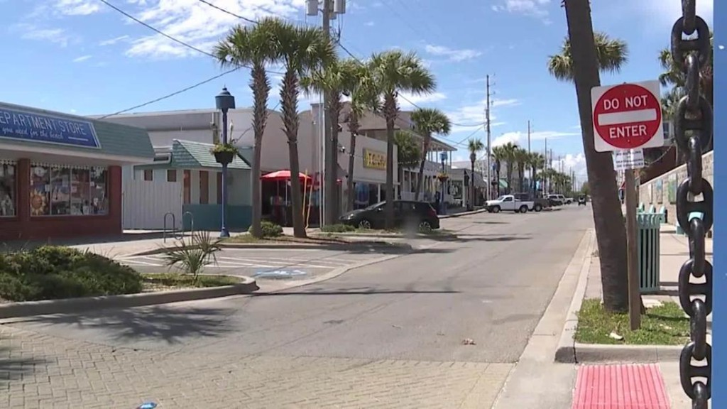 Mayor of Georgia coastal town assails governor's 'reckless mandate' to reopen the state's beaches