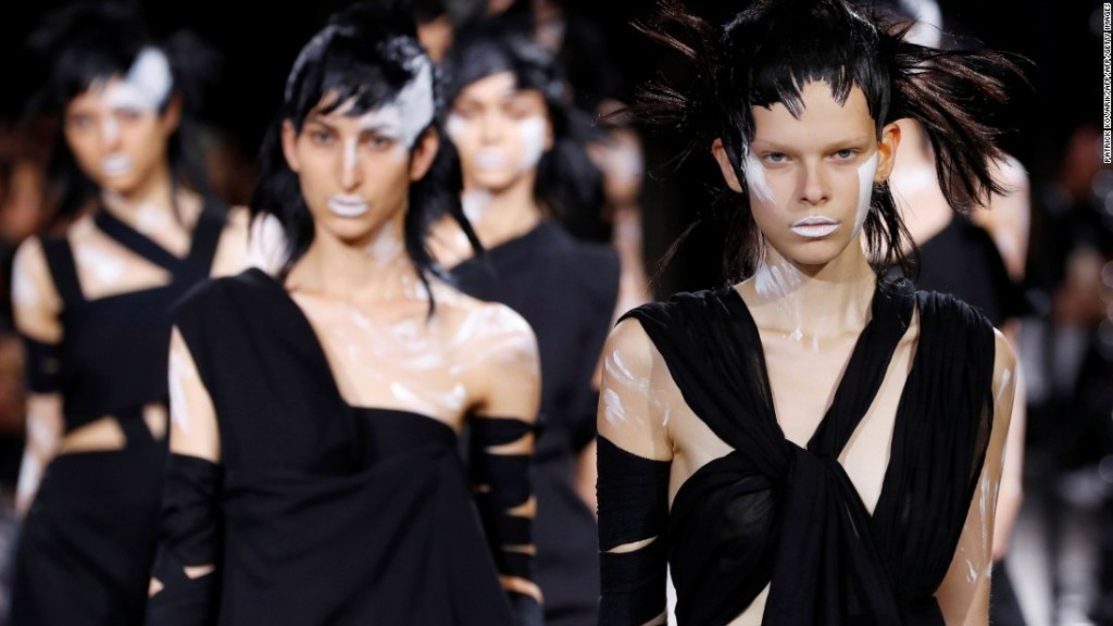 Fetishes and feminism stand out at Paris Fashion Week