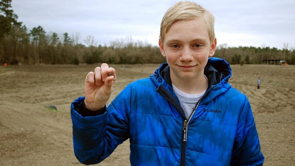 Boy finds huge 7.44 carat diamond in state park