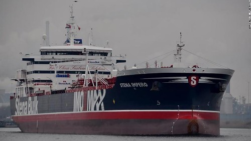 UK vows 'robust' action if Iran doesn't release British-flagged oil tanker
