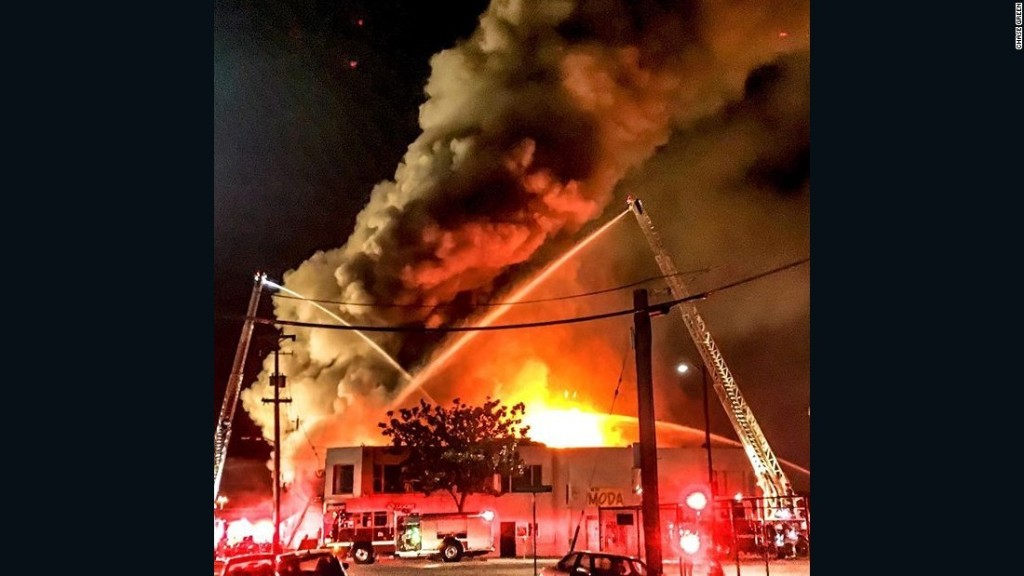 Oakland fire toll at 36; DA promises 'thorough' probe