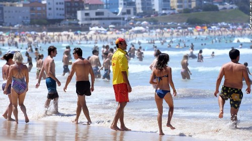 Extreme heat swelters southern Australia