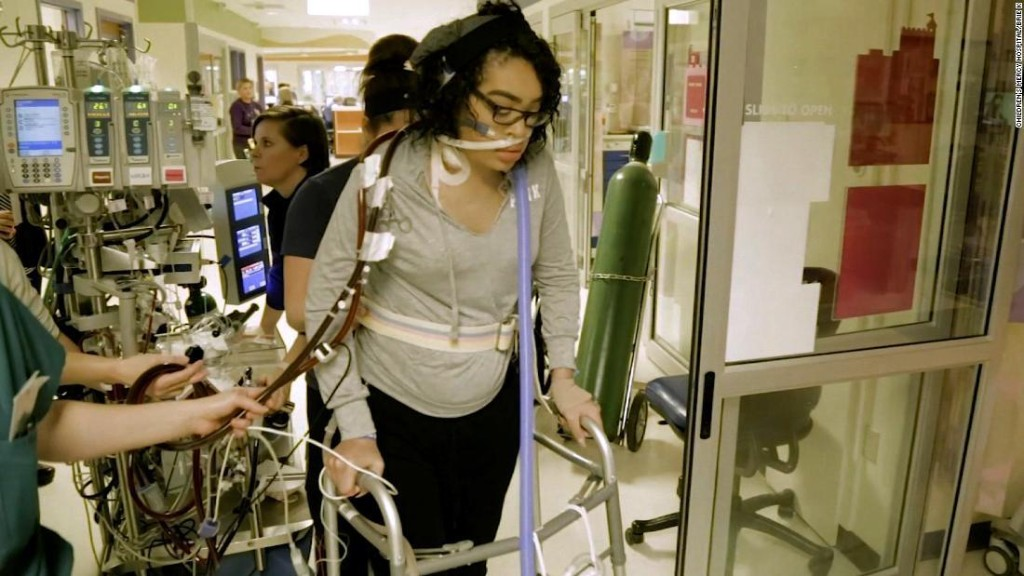 The 16-year-old girl who walks and eats tacos while on life support