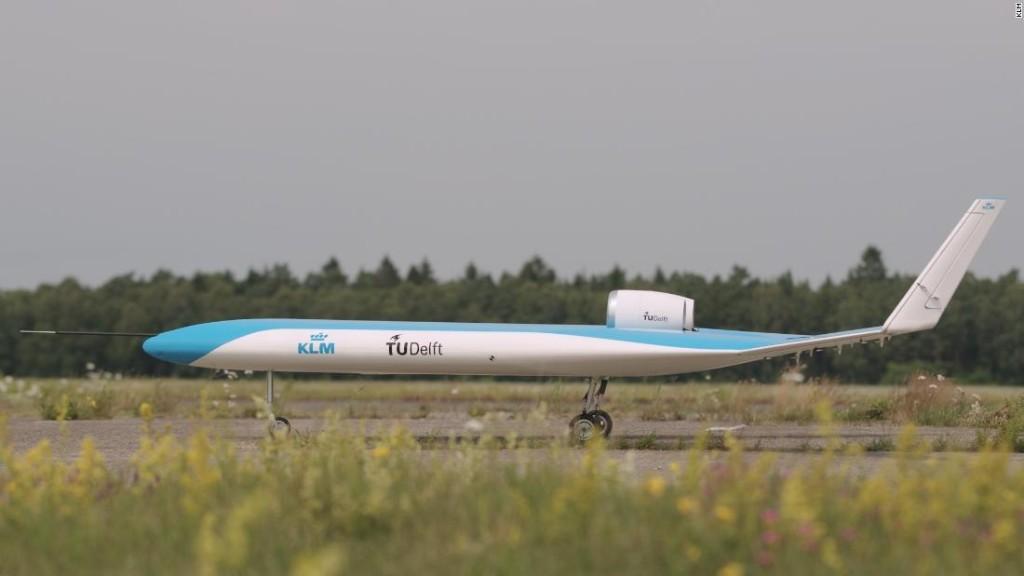 Scale model of futuristic plane makes successful maiden flight