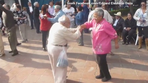 Groovin' grandpa shows off dance moves