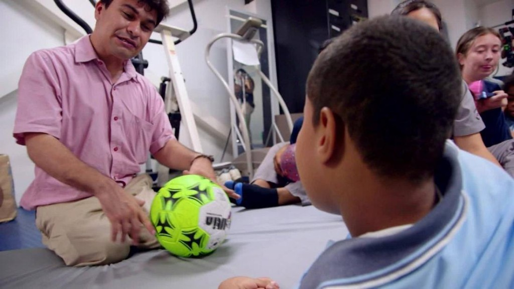 CNN Heroes: A lifeline for people with disabilities in Colombia - CNN Video