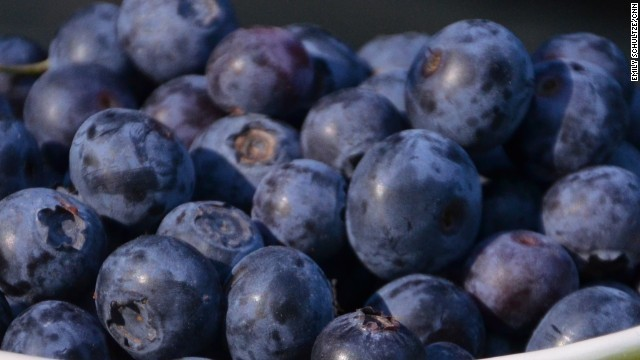 Flavanols — found in tea, berries and apples — may reduce blood pressure