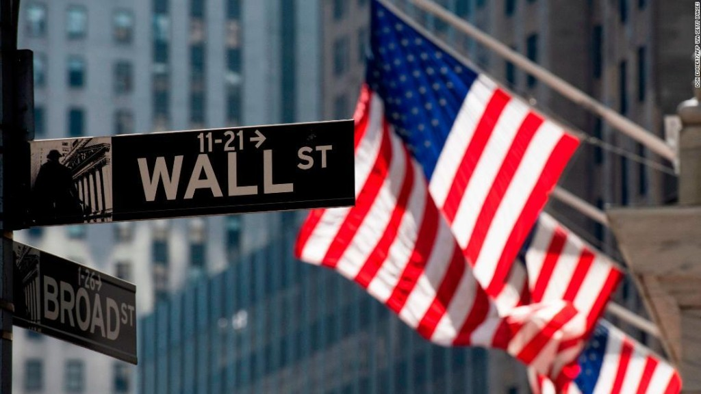 Bank stocks soar after FDIC relaxes key Volcker Rule restrictions