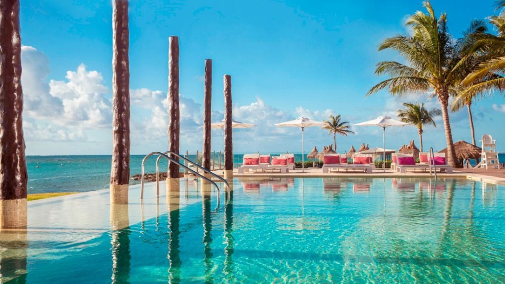Stellar deals at Caribbean and Mexican hotels and resorts