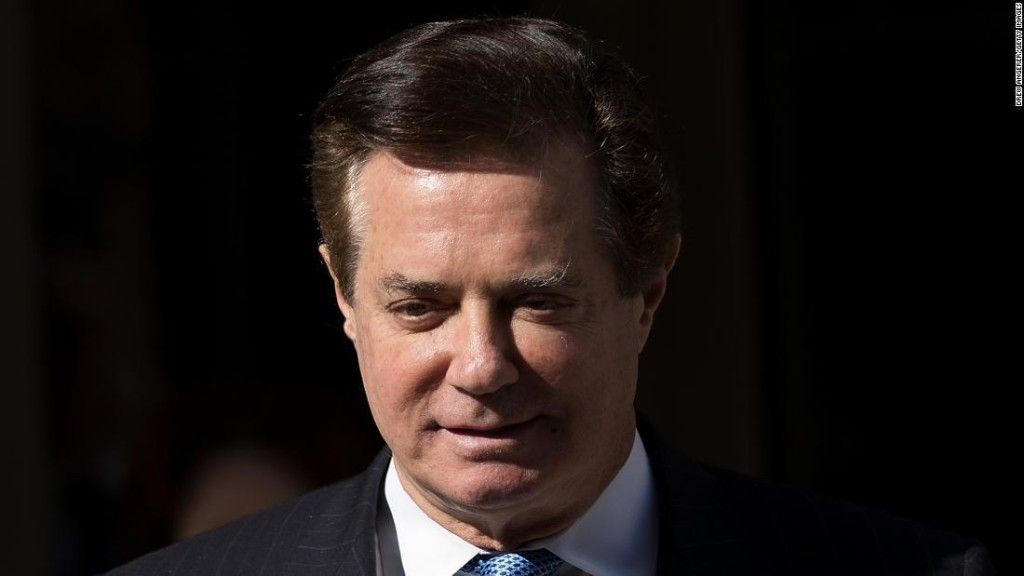 Trump calls for Mueller probe to end following Manafort, Cohen court filings