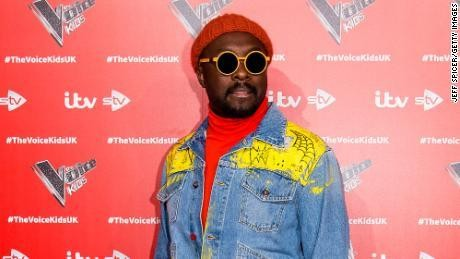 Will.i.am must retract racism claim or face potential lawsuit, Qantas says