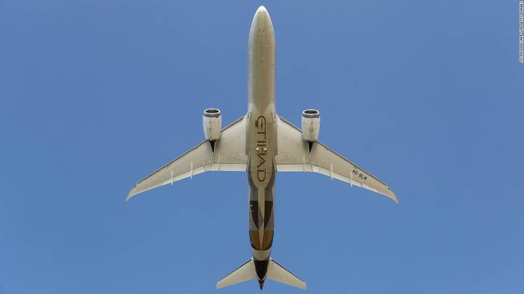 Etihad flies first known commercial flight from UAE to Israel