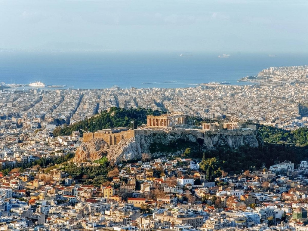 Fly to Athens on Emirates for Just $458 Round-Trip
