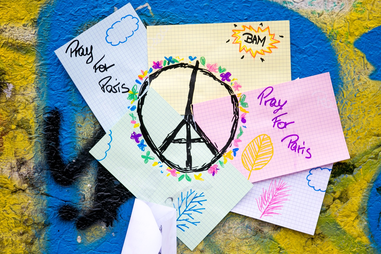 Tributes to the Victims of the Paris Attacks: Pictures
