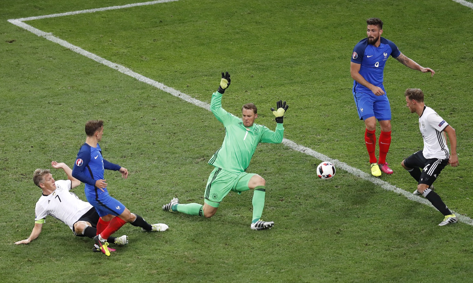 France Shuts Out Germany to Advance to Euro 2016 Final: Pictures