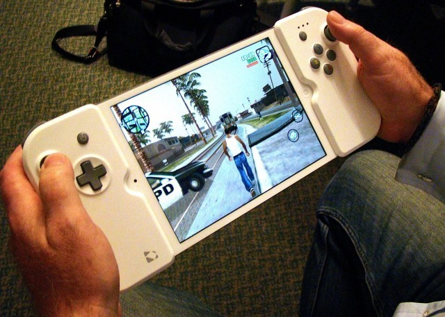 Game on: Apple patents snap-on iOS gamepad