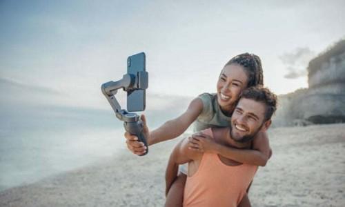 DJI Osmo Mobile 3 is a foldable, affordable smartphone gimbal