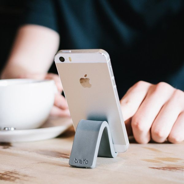Stunningly Simple iPhone Stand Offers Flexible Form And Function