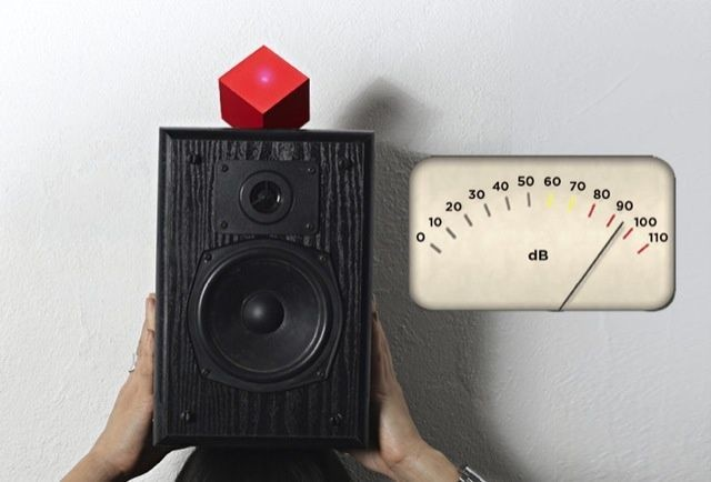Vamp Turns Any Old Speaker Into A Bluetooth Speaker