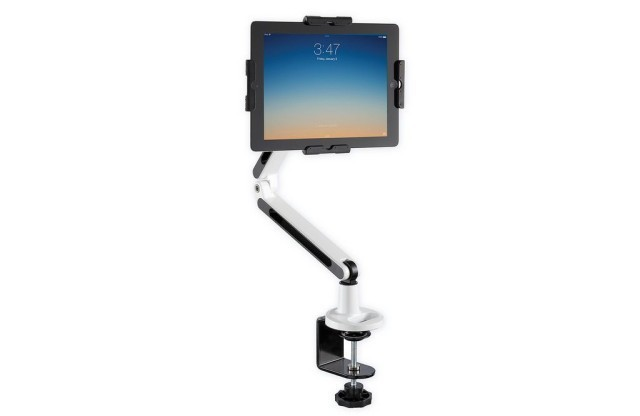Robot Arm Holds Your iPad For You