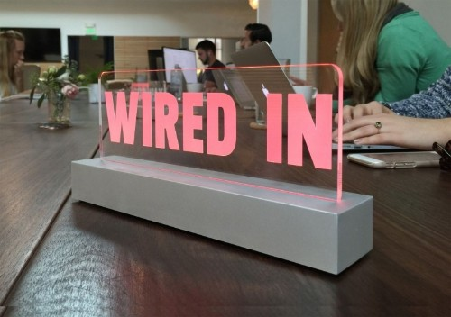 Light-up signs let co-workers know to stay away