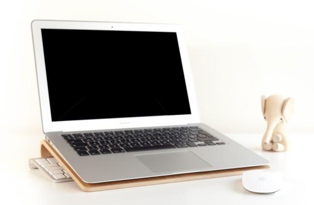 Apple's 12-inch MacBook Air could enter production next quarter