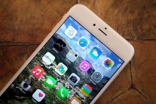 iOS 8 growth slows to an embarrassing crawl