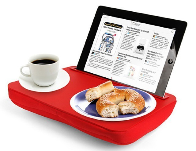 iPad Lunch Tray Brings TV Dinners Into The 21st Century