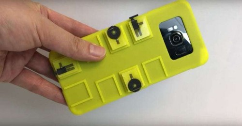 Snap smartphone case frees you from tyranny of the touchscreen