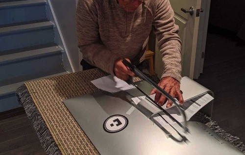 Is a hacksaw the best way to remove an iMac stand?