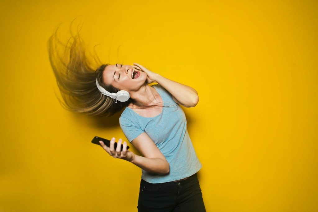 Belt out your favorite songs with mobile Karaoke | Cult of Mac